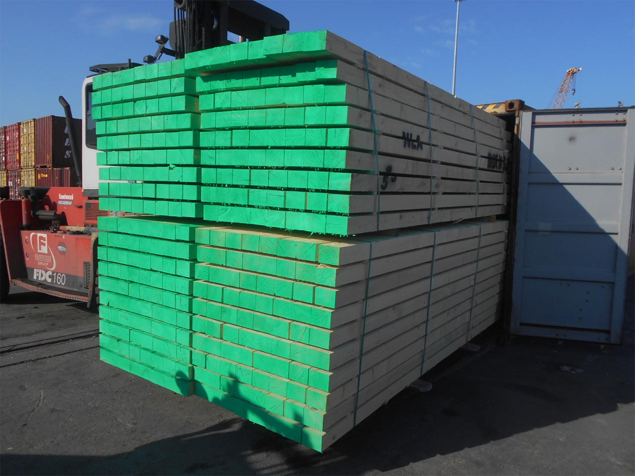 plastic pallets in uae