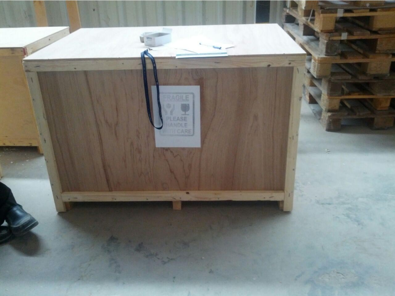 crate box in uae